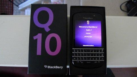 Blackberry porsche  BBM.........2A6F87B0