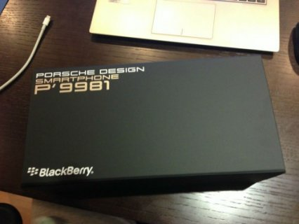 New Blackberry Porsche P9981 and Blackberry Q10 with Special pin