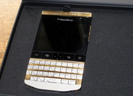 Blackberry Porsche 9981 Design BB Chat: 2A28F4D4