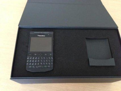 Blackberry Porsche 9981 Design Black and Gold