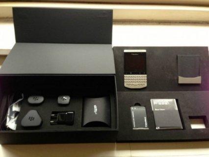 Blackberry Porsche 9981 Design 9981 Add BB Pin: 2A28F4D4