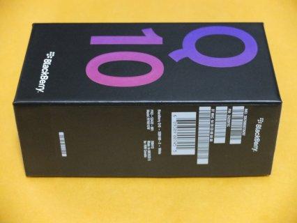 WTS:-BLACKBERRY Q10 Gold Edition Unlocked Phone (SIM Free) $400U