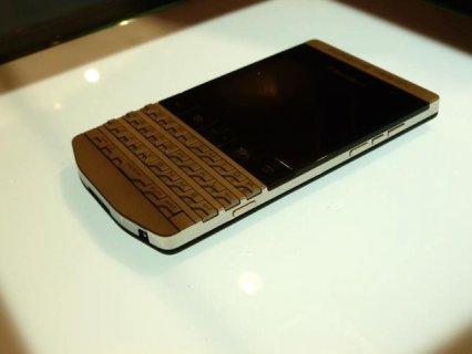 For Sale : BlackBerry Porsche Design P\'9981 Gold