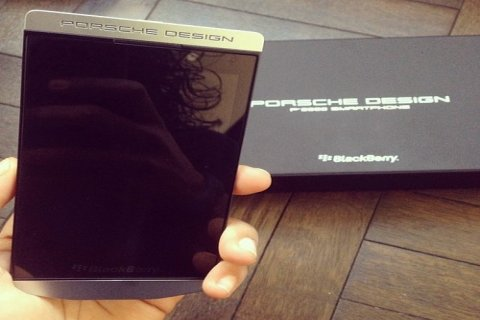 Buy New Release: BlackBerry Porsche P\'9982 (Add Pin 29241743)
