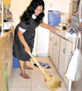 استقدام خادمات منزليه