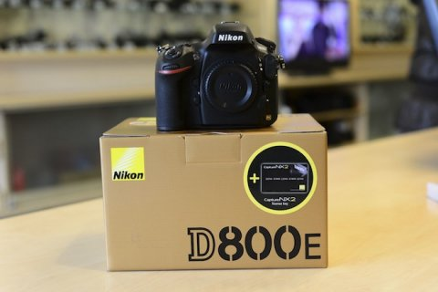 WTS : New Nikon D800E DSLR and Canon EOS 5D mark iii slr camera