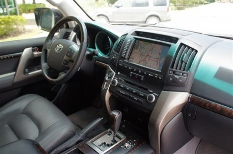 صور 2011 TOYOTA LAND CRUISER SUV. 2