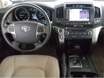 صور  TOYOTA LAND CRUISER 2011 FULLY AUTOMATIC 2