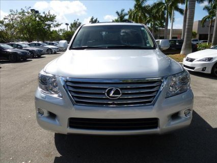 NEAT 2011 LEXUS LX 570 FOR SALE.