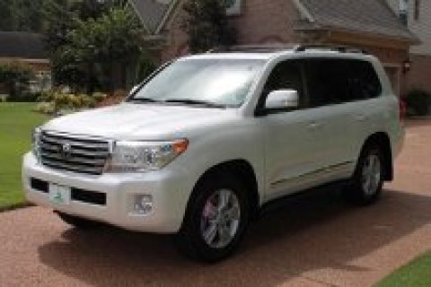 i want to sell my 2013 Toyota Land Cruiser Base 4x4 4dr SUV Used