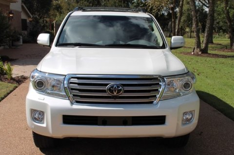 صور Used 2013 Toyota Land Cruiser 4WD – GCC SPECS 1