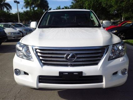 2011 LEXUS LX 570 - 4X4 V8