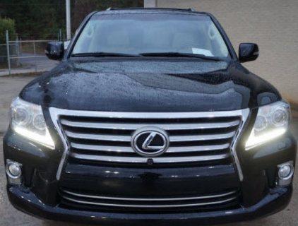 2013 LEXUS LX 570 FAMILY CAR - GCC SPEC